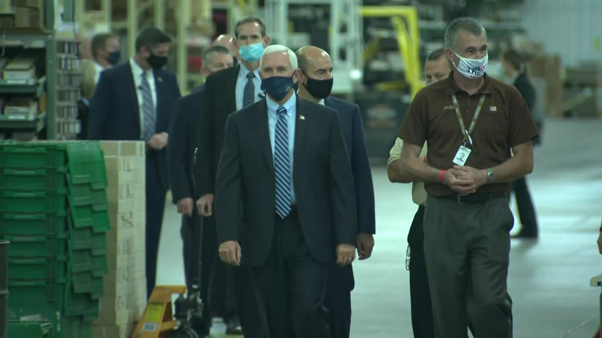 Vice President Mike Pence campaigns in Eau Claire, visits Midwest Manufacturing