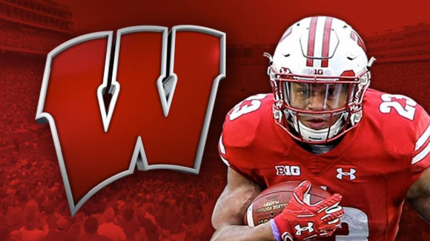 Taylor scores 3 TDs, No. 5 Wisconsin
