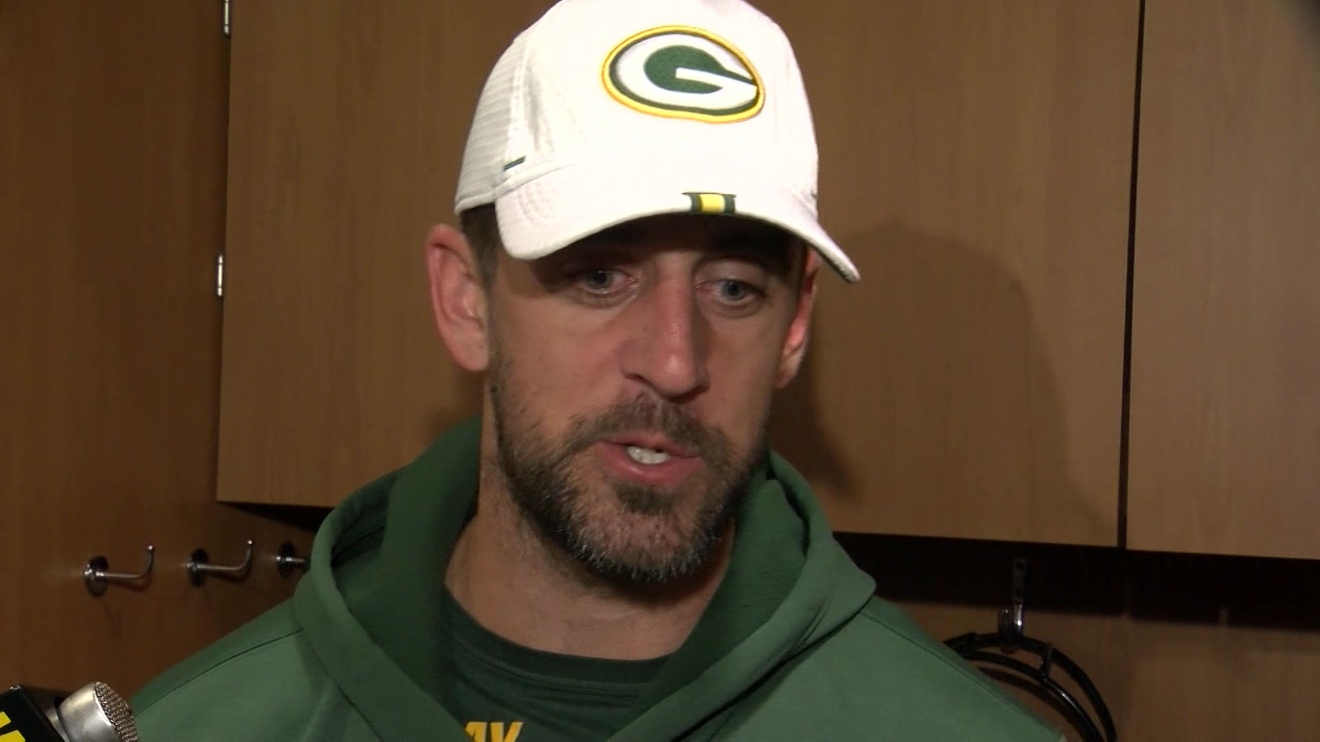 Ask Me Anything Packers Aaron Rodgers Invites Questions From Fans